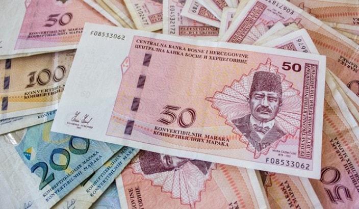 novac-min.jpg