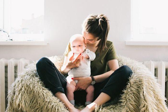 beba-dojenje.jpg
