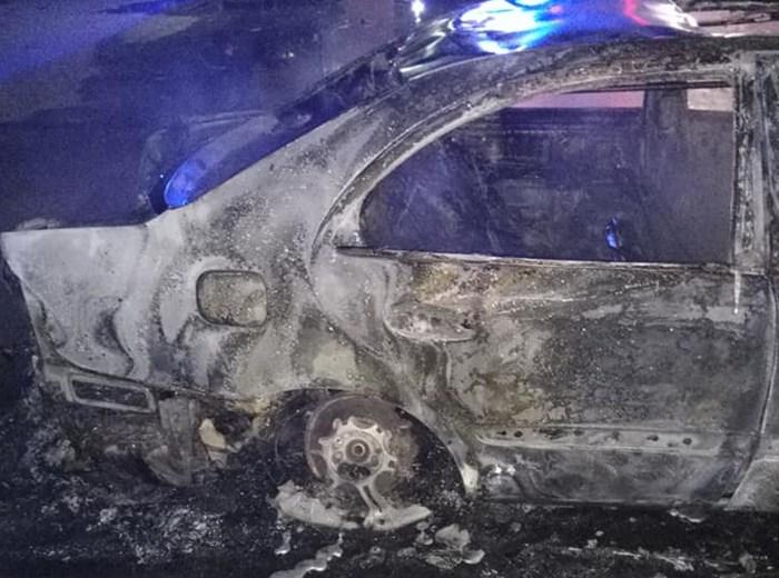 izgorjelo vozilo (4).jpg