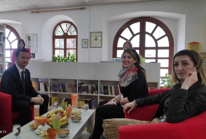 gradonacelnik bibliotekar (1).jpg