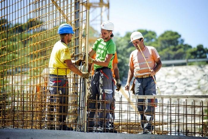 radnici gradjevina.jpg