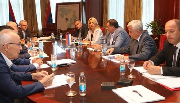sastanak koalicije.jpg