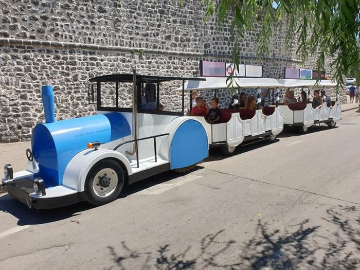 trebinje turisticki vozic.jpg