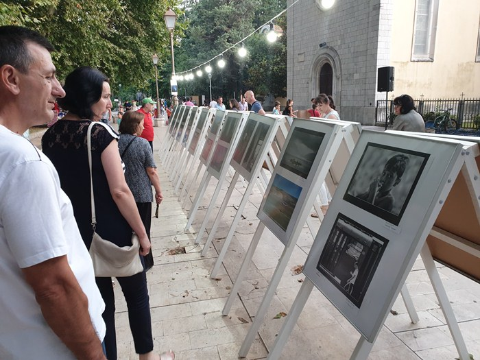 klupska izlozba foto kino klub trebinje (2).jpg