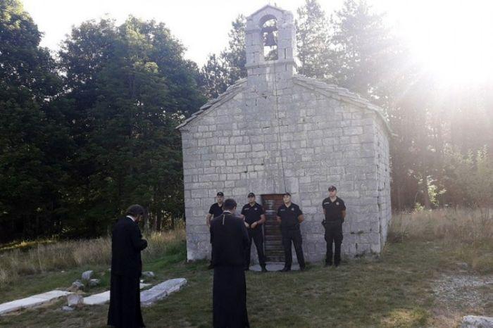 Crkva ivanova korita.jpg