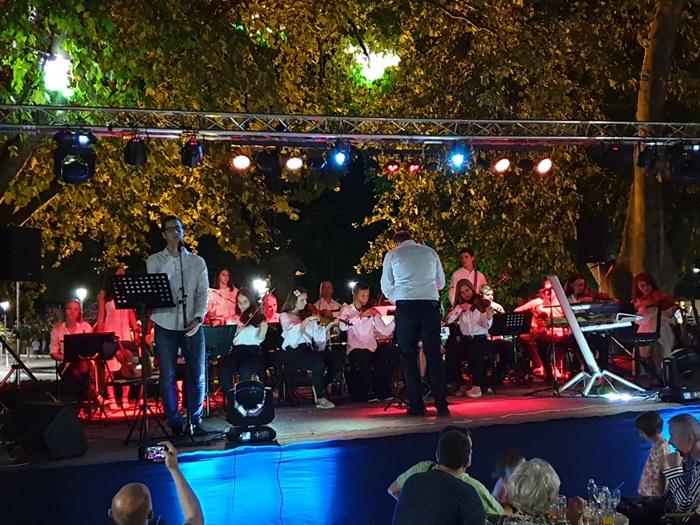 koncert orkestra gimnazije trebinje 2019 (1).jpg