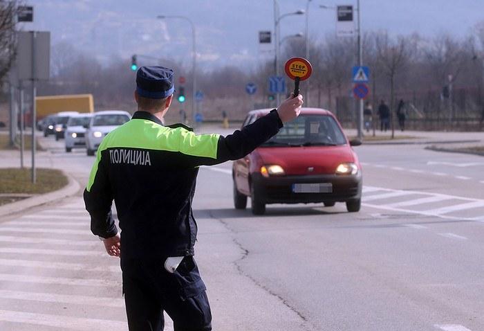 policija kontrola.jpg