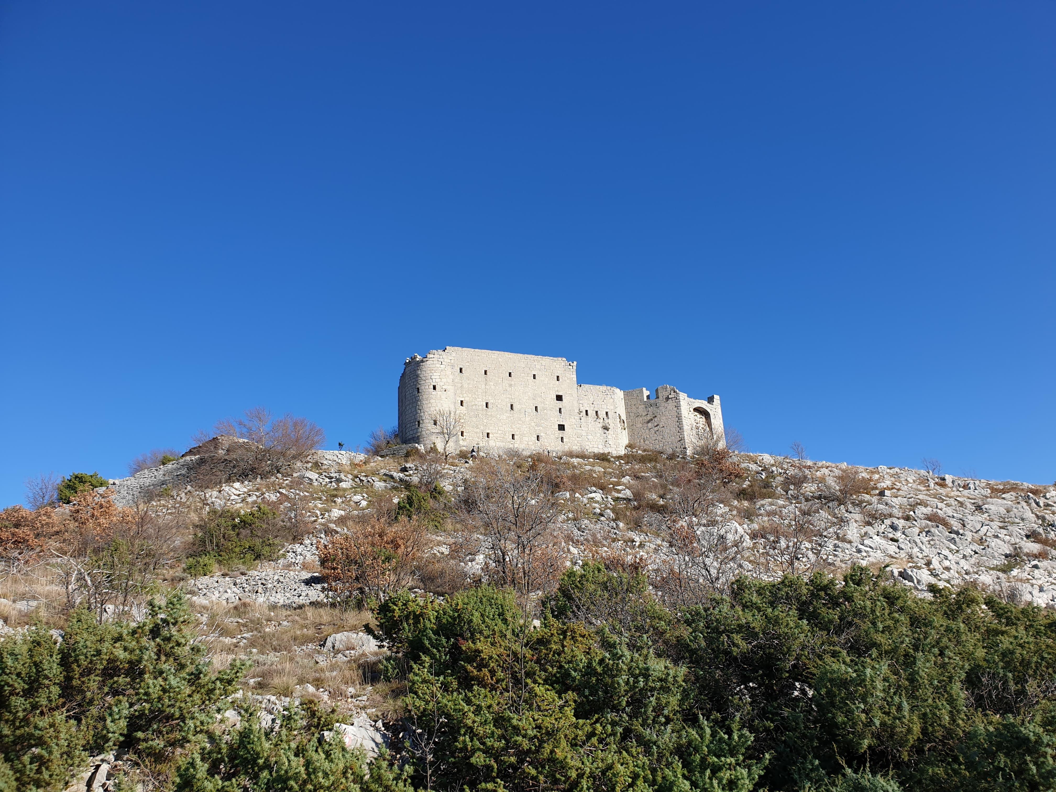 utvrdjenje golo brdo trebinje (5).jpg