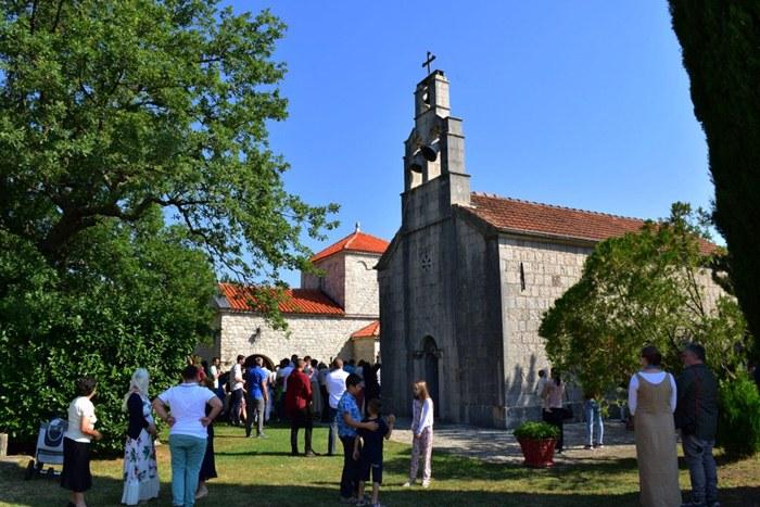 manastir svetog petra i pavla trebinje.jpg