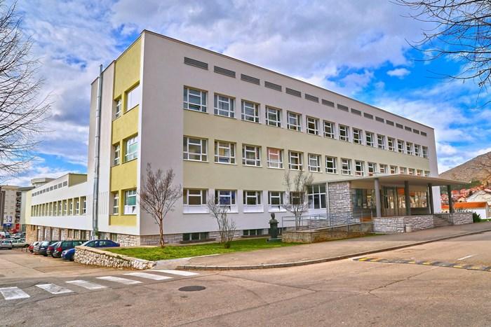srednjoskolski centar trebinje.jpg