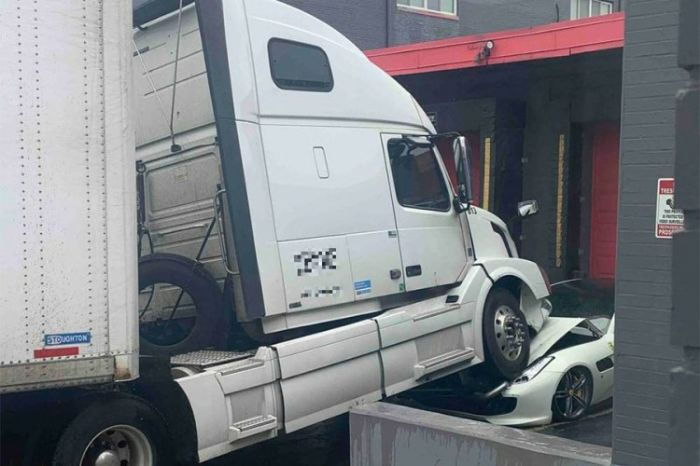 Kamion sad.jpg