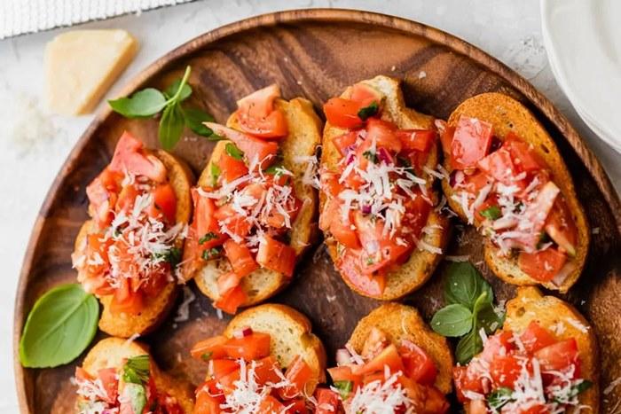 brusketi sa paradajzom.jpg