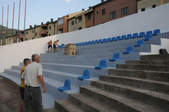 Stadion u policama nove stolice2.jpg