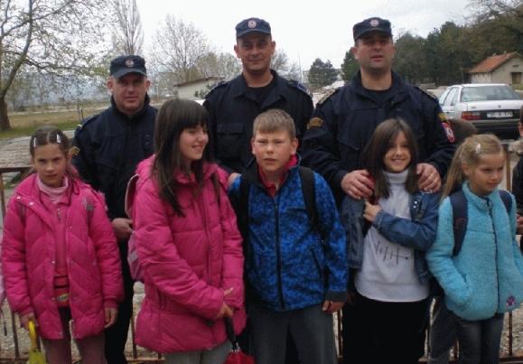 djeca u policiji