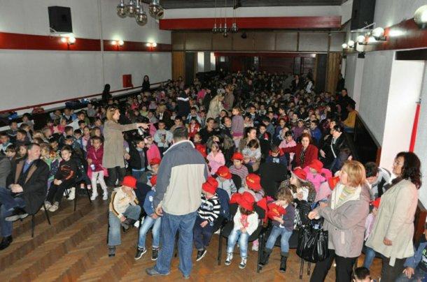 Trebinje-otvoren Treci medjunarodni festival zabavljaca za djecu