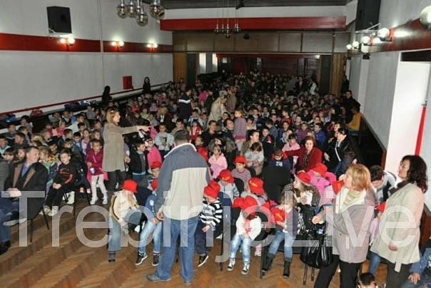 otvoren cetvrti festival zabavljaca za djecu trebinje 2013