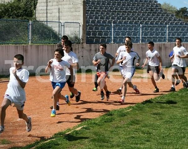 regionalno takmicenje ucenika osnovnih i srednjih skola u atletici trebinje 2013
