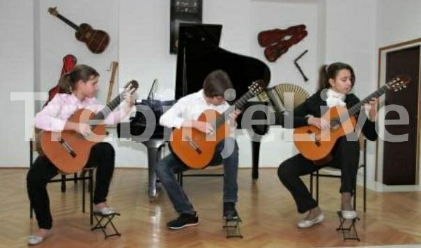 znacajne nagrade za ucenike osnovne i srednje muzicke skole trebinje