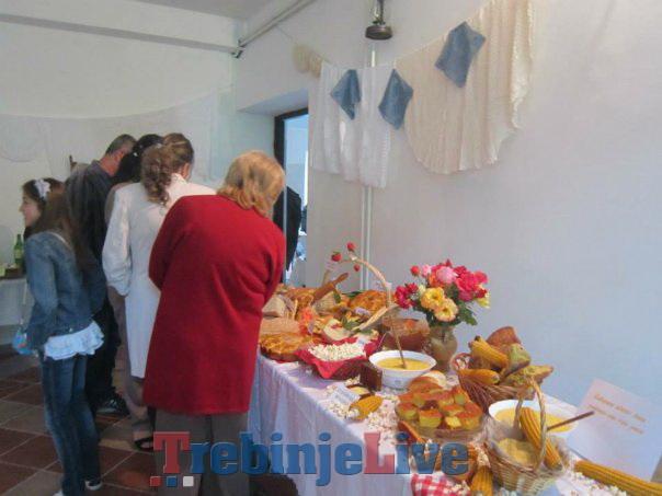 festival zdrave hrane, pica i rucnih radova u lastvi
