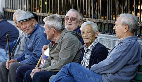 pocinje isplata penzija za april