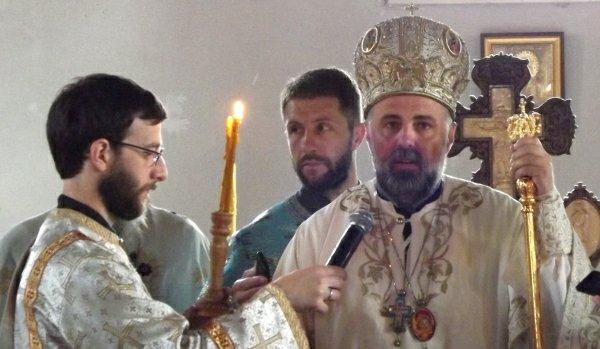 vladika grigorije sluzio liturgiju u andricgradu