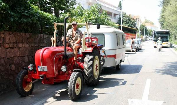 traktorom u dubrovniku