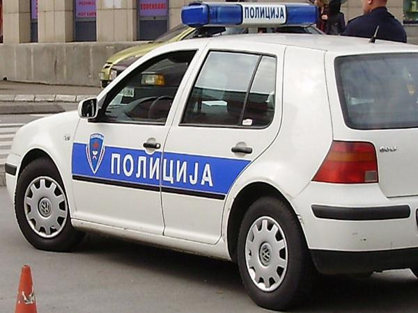 policijski automobil