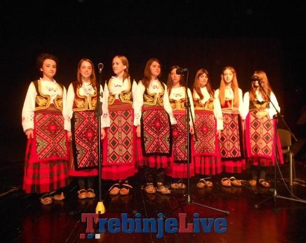 pjevacka grupa iz bilece