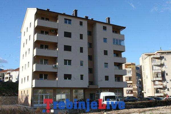 stanovi zgrada mokri dolovi porodice miletic skoro