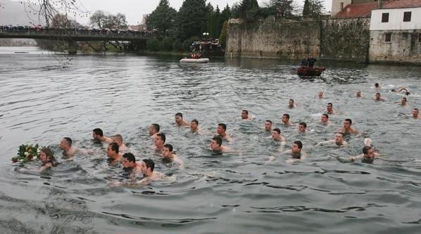 bogojavljenje plivanje za casni krst trebinje