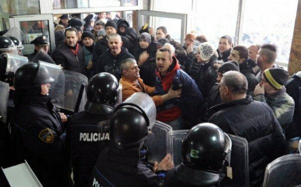 demonstranti tuzla