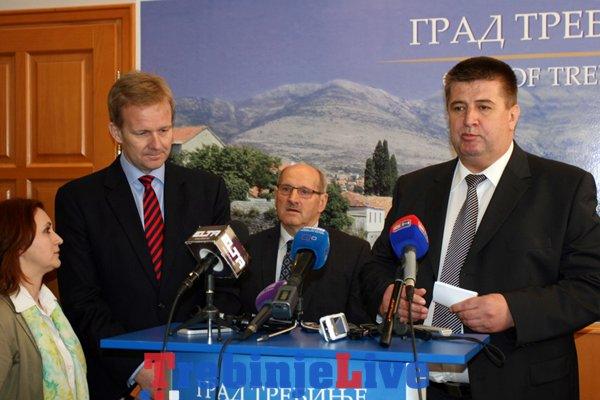evropske diplomate u trebinje peter sorensen slavko vucurevic slobodan prtilo