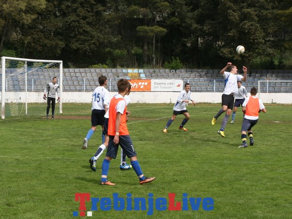 leotar gosk i reprezentacija moskve u trebinju fudbal (1)