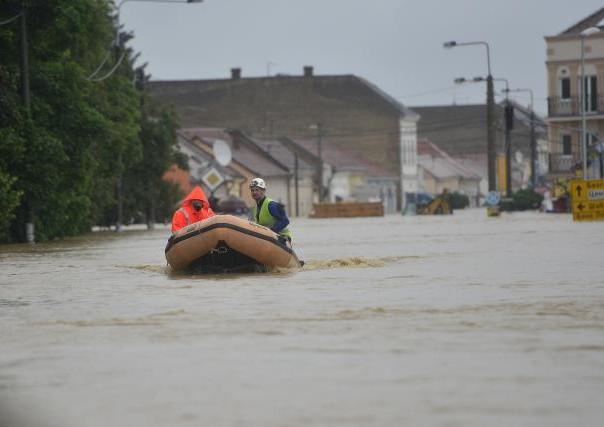 poplave srbija obrenovac sabac evakuacija stanovnistva