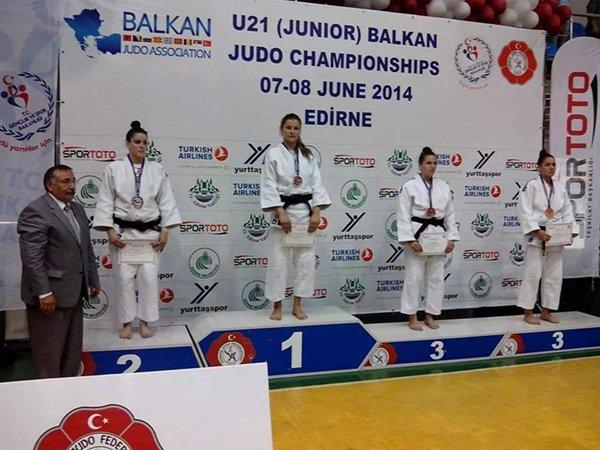 aleksandra samardzic juniorska prvakinja balkana