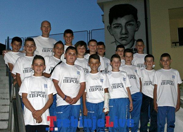 mladi fudbaleri leotara