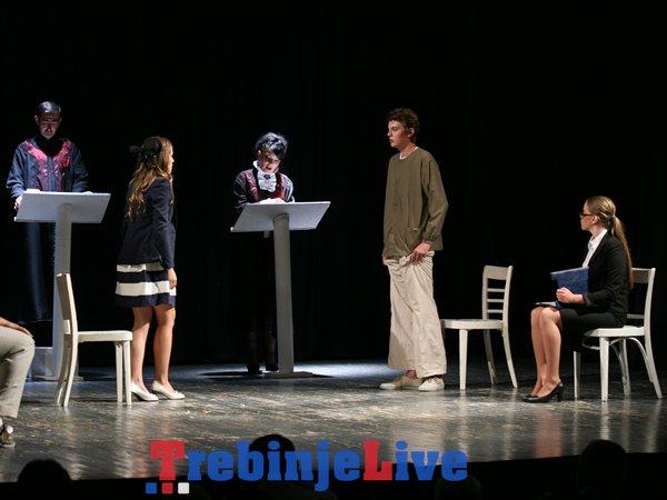 predstava praznina bjelopoljsko pozoriste festioval festivala trebinje 2014