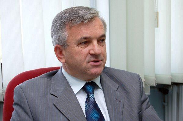 nedeljko cubrilovic predsjednik narodne skupstine republike srpske