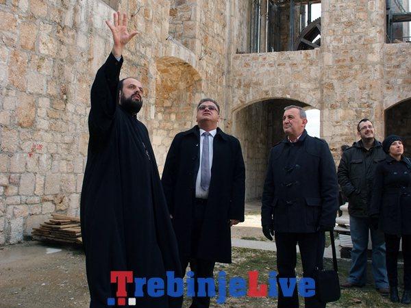 mladen ivanic u posjeti sabornom hramu u mostaru