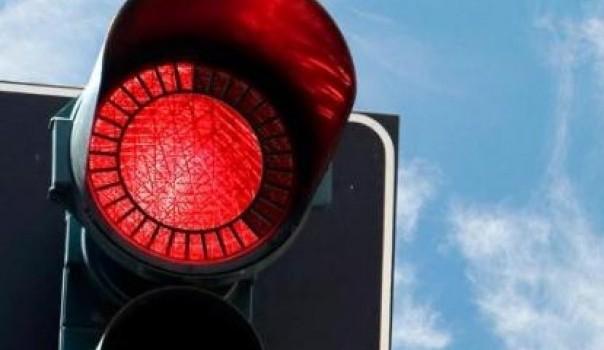 semafor crveno