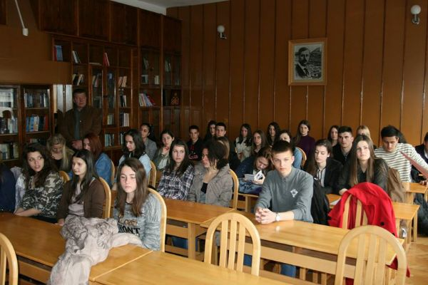 duciceve veceri poezije pjesnisi sa ucenicima gimnazije