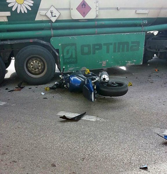 saobracajna nesreca trebinje motociklista cisterna