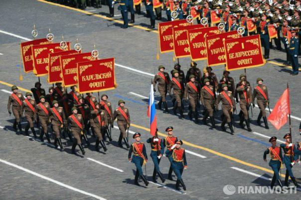 vojna parada moskava crveni trg 2015