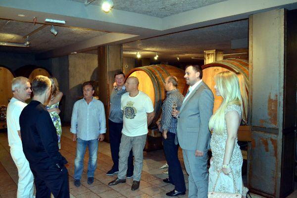 Vinska galerija vukoje poznati posjeta
