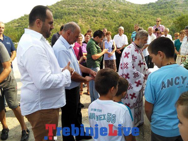 Selo glavska proslava krsne slave