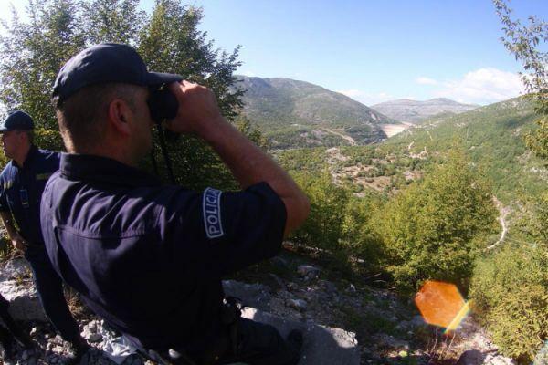 Granicna policija trebinje migranti