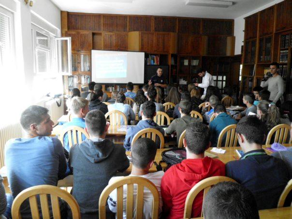 predavanje gimnazijalcima u Trebinju