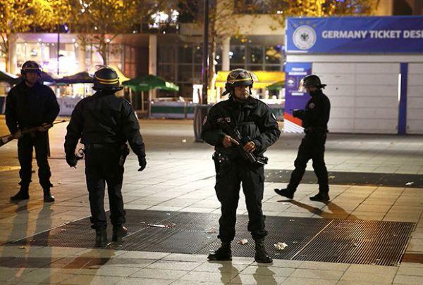 Teroristicki napadi pariz