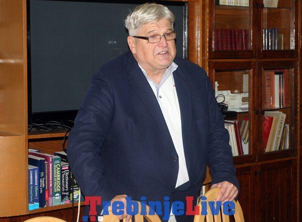 stevan komenin predsjednik zavicajnog kluba hercegovac
