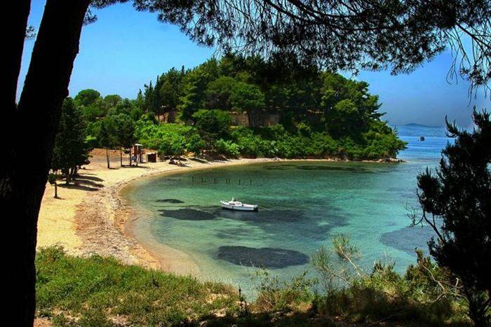 ostrvo krf i vido grcka